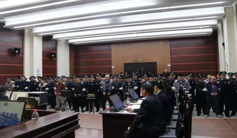 熊飞黑社会性质组织成员22人获刑